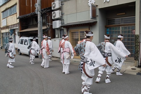 Mugen_Showa_TonChinKan11032011sd15.jpg
