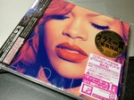 Rihanna_Loud10202011ip4s.jpg
