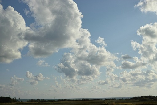 Clouds04062014dp2m03s.jpg