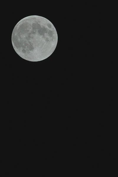 Full-moon07032012sd15trim02.jpg