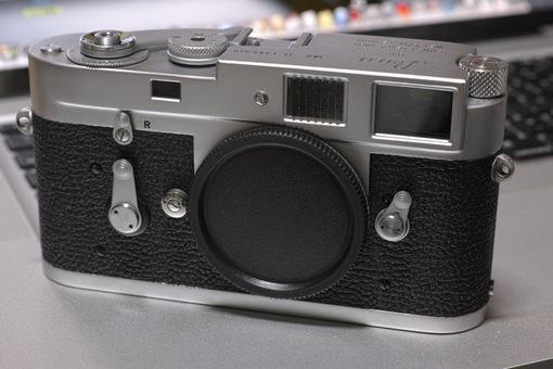 Leica_M2-R03152014dp3m01s.jpg