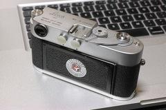 Leica_M2-R03152014dp3m03s.jpg