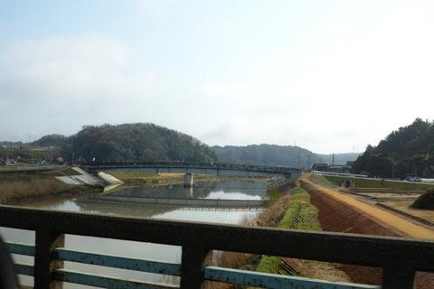 bridge04252013dp2m.jpg